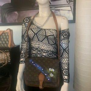 Vintage Louis Vuitton crossbody